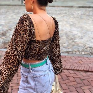 Tops - 🆕Malone Leopard Print Puff Sleeve Blouse Top